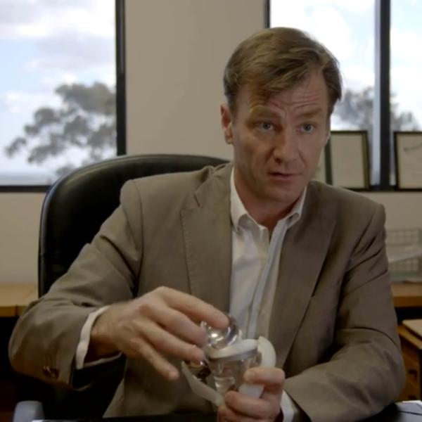 SAIPH knieprothese - PROFESSOR BILL WALTER